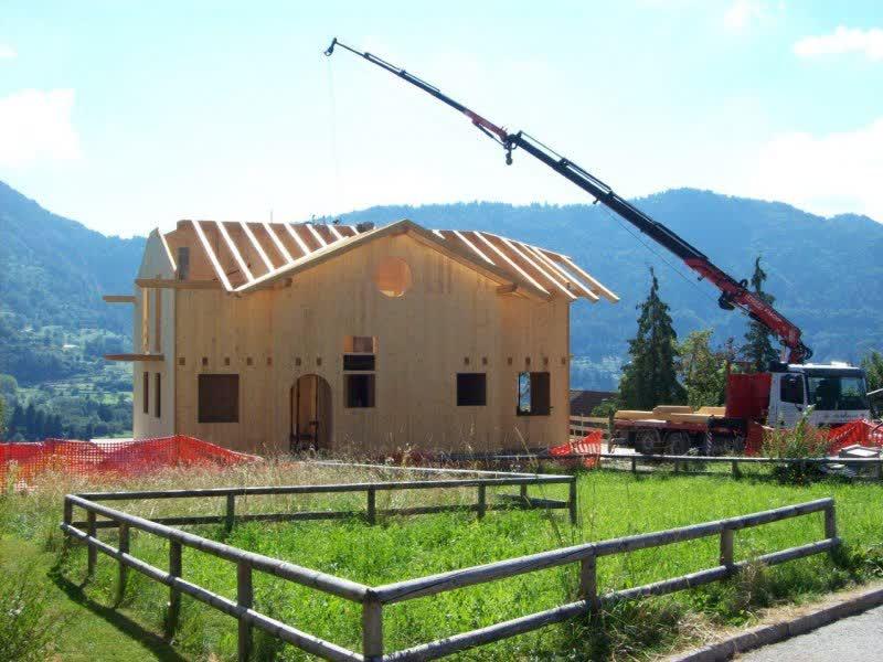 Case In Tronchi Di Legno Trentino : Battisti: carpenteria e case in legno in trentino alto adige