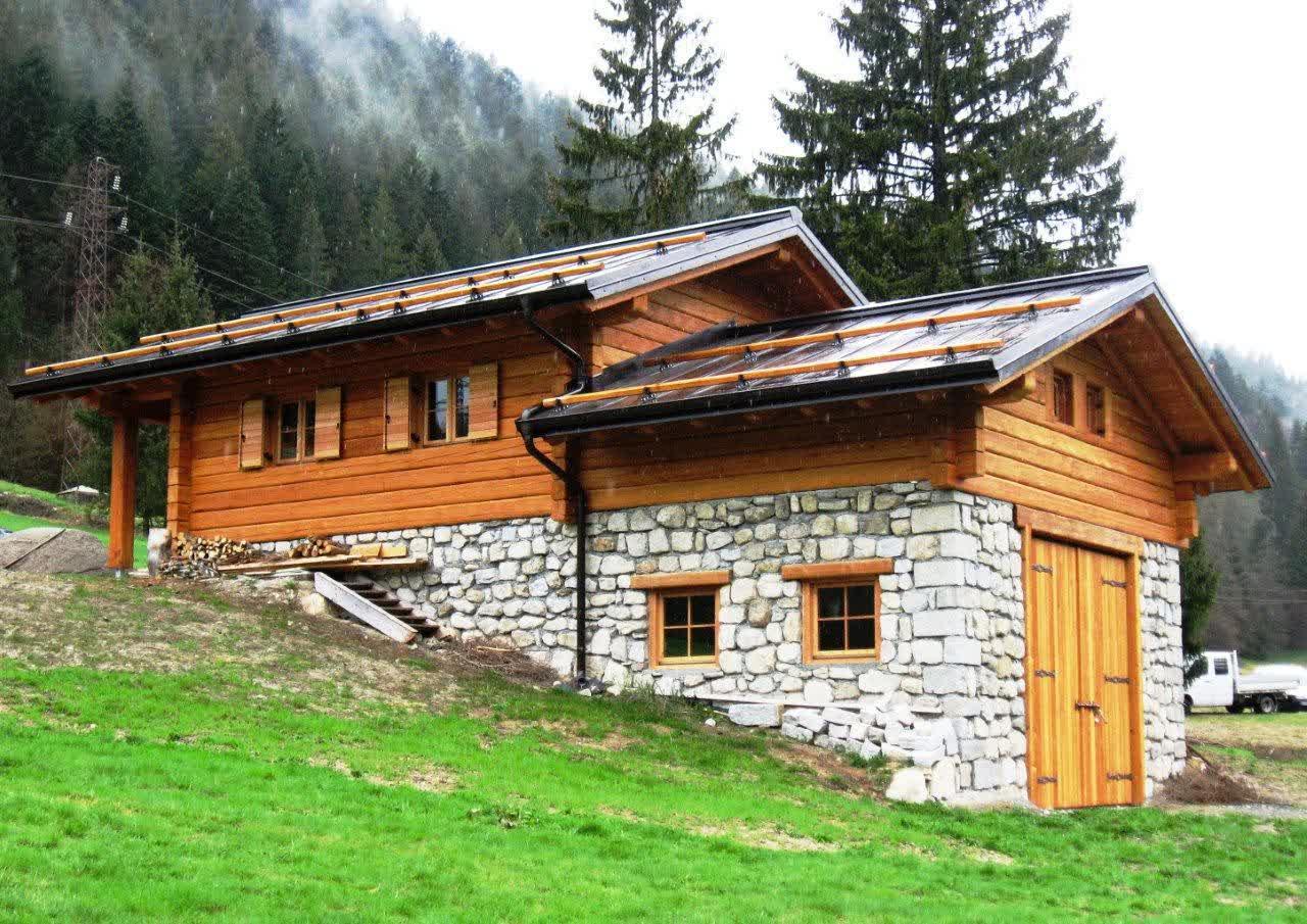Baita di montagna carpenteria battisti torcegno trentino for Come costruisci una casa