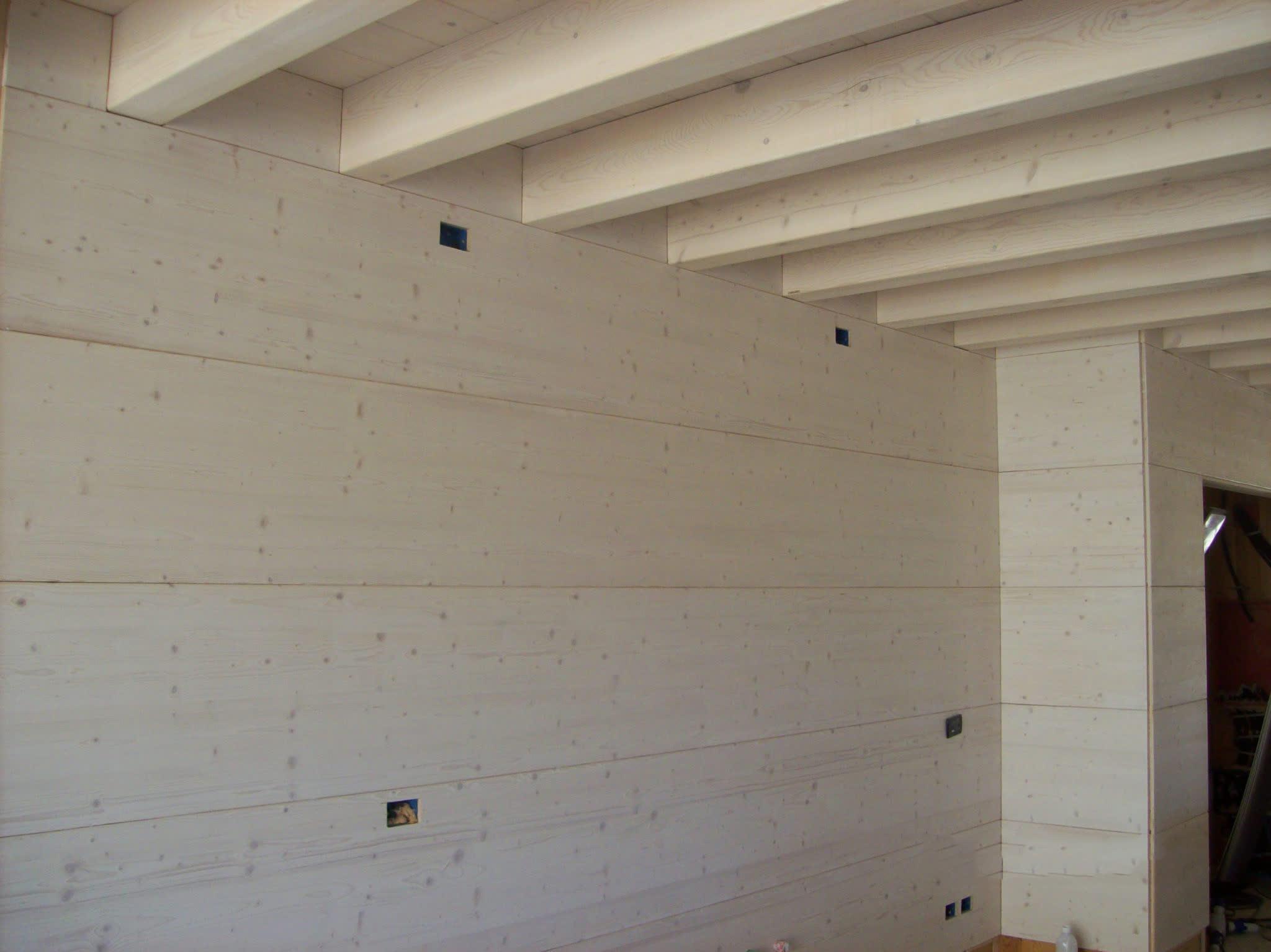 Parete rivestita legno arredare la camera da letto di design speciale in stili rivestimenti - Rivestire parete con legno ...