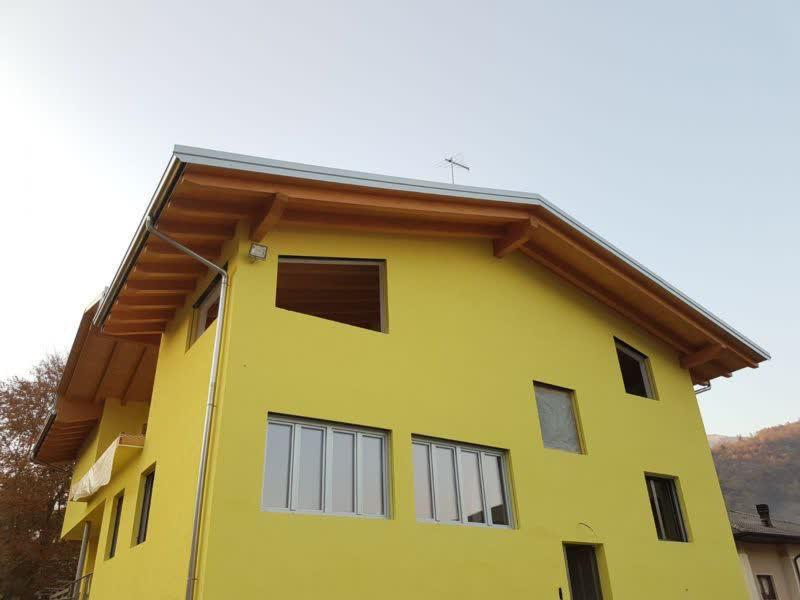 Sopraelevazione casa bifamiliare